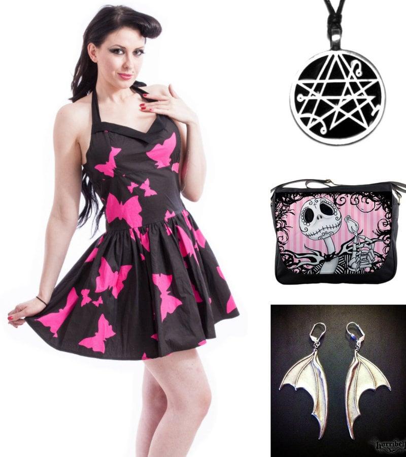 goth women accessories
