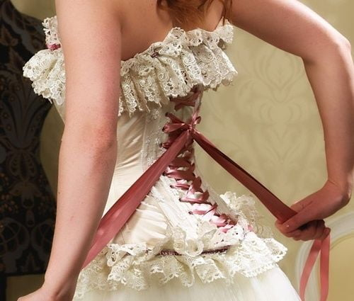 Lacing your corset properly is vital