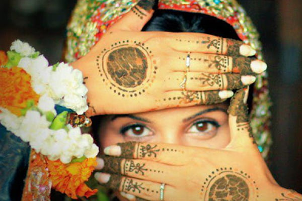 Henna is traditionally worn on the fingertips and palms, but can be used almost anywhere.