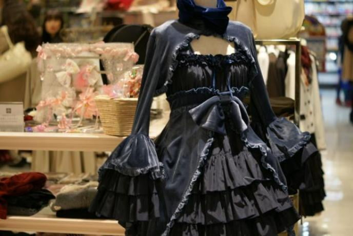 When getting dressed, it's important to start with the underpinnings of gothic lolita, like petticoats and tights.