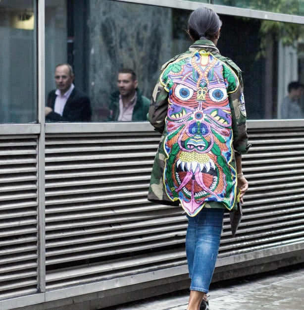 Street Style at London Fashion Week - Grab Patterns in Bold Colors