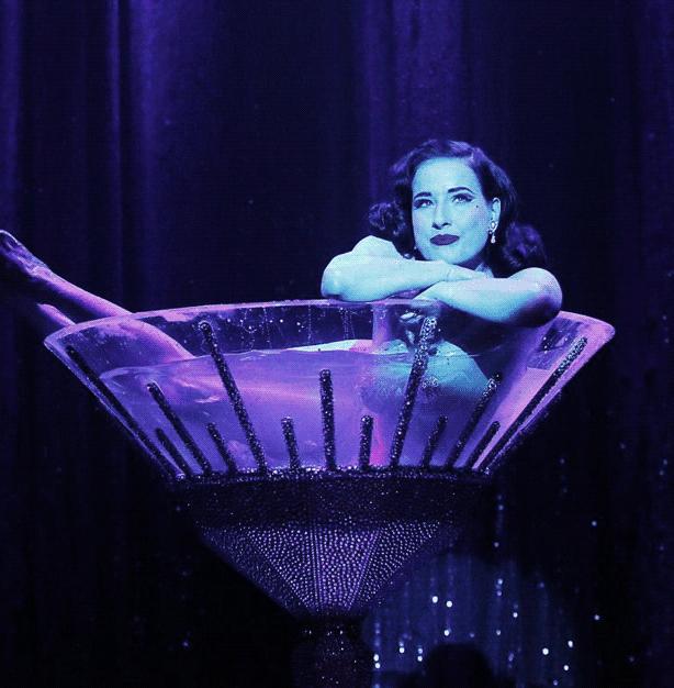 Dita Von Teese has modern Burlesque glamour.