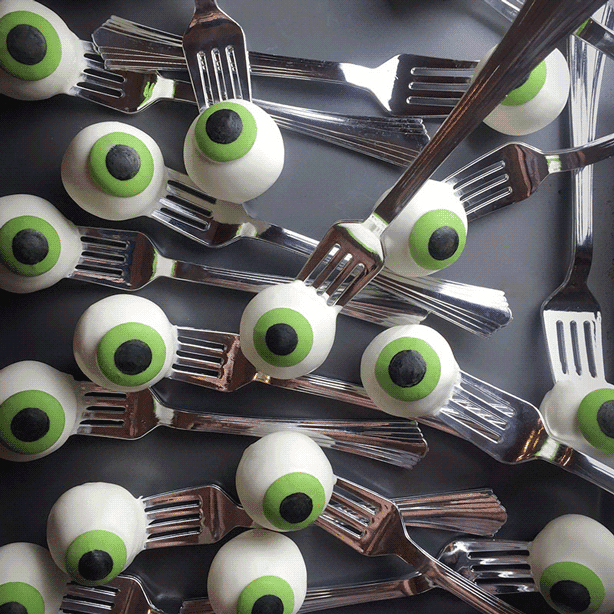 Cute snack ideas for the Ultimate Halloween Party.
