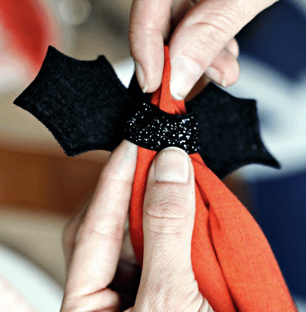 Cute and simple Halloween decor ideas.