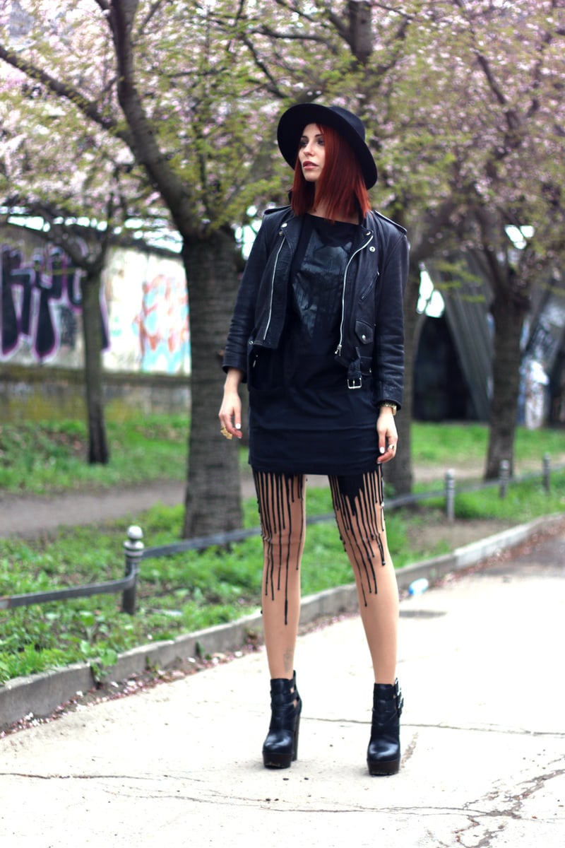 Masha Sedgwick wears edgy melted leggings, perfect for alternative festival fashion