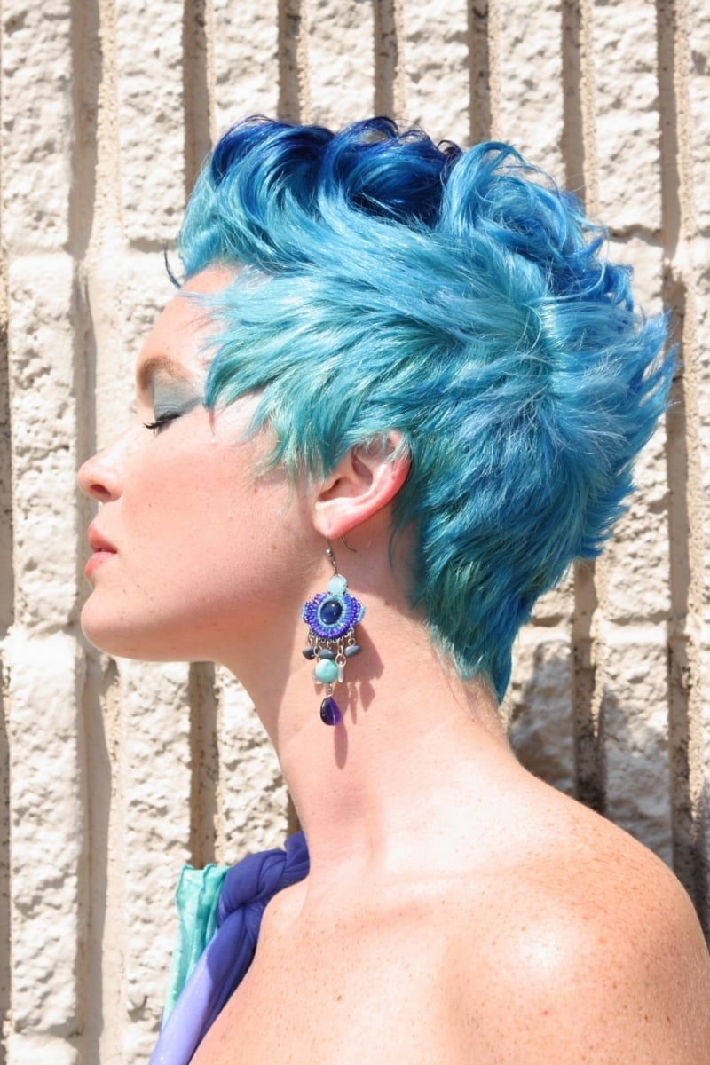 Touseled blue short hairstyle for women