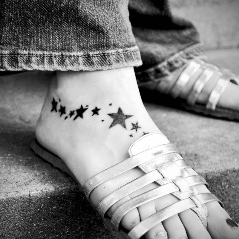 Things To Know Before Your First Tattoo Sesh: Subtle foot stars tattoo