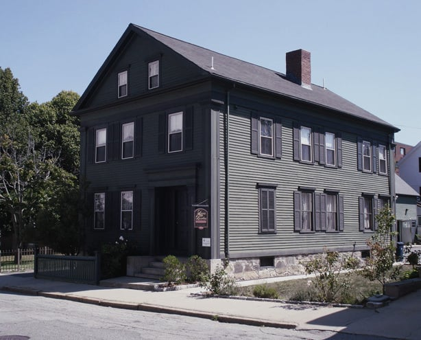 13 Weirdest Places to Visit in the US: Lizzie Borden House, Fall River