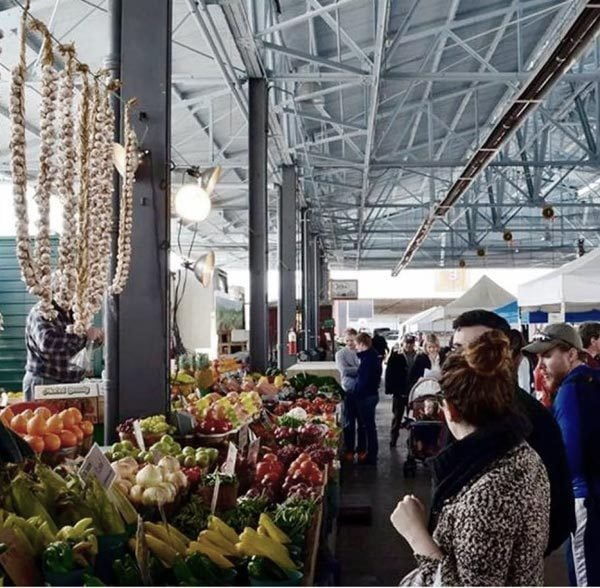 27 Things to Do Before Summer Ends:Go to a farmers market