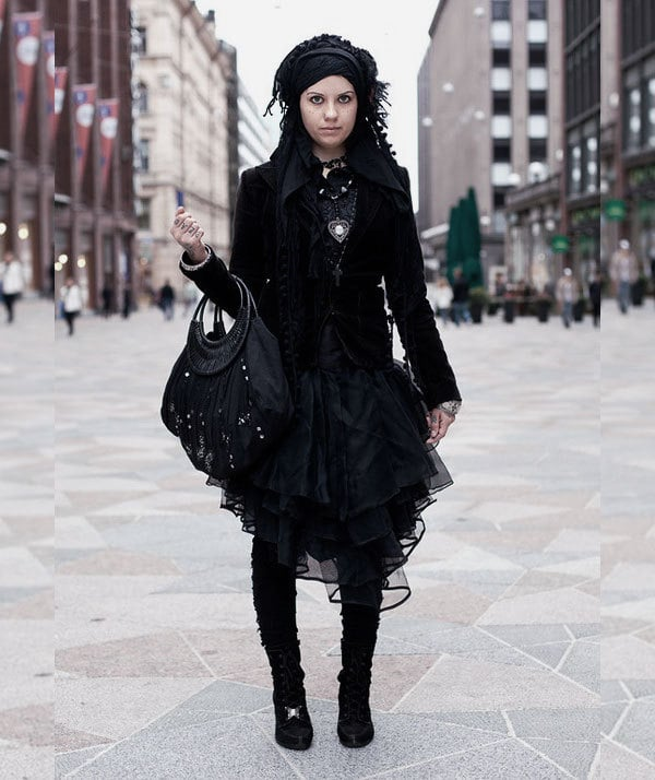 Victorian style clothing is perfect fashion for Halloween and beyond