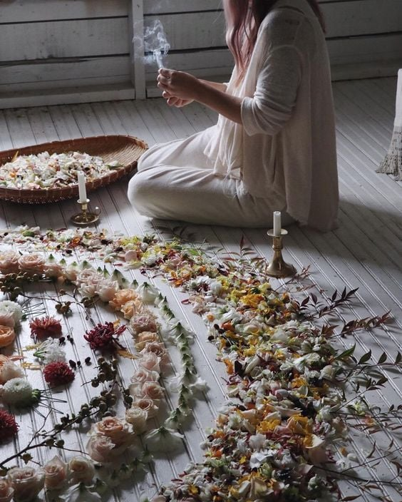 White Witch, Wiccan Healing With Flower Grid