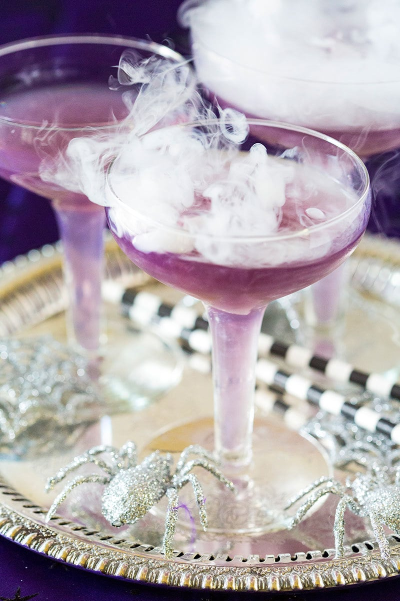 Dry ice Halloween cocktail: Violet witches brew
