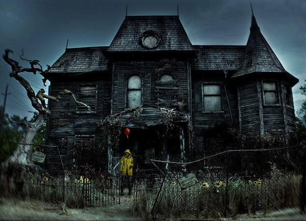 10 Halloweeny Things to do in Los Angeles This Month: Warner Horror Tour