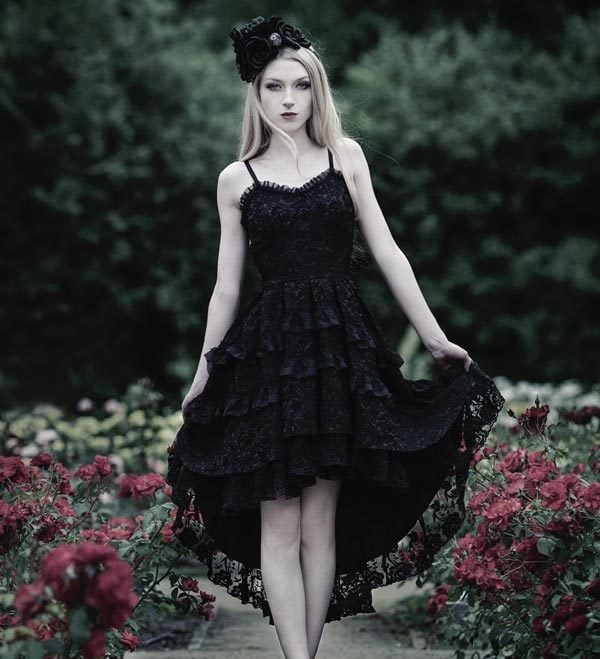 Gothic Christmas Party Fashion: Glam It up with a Gothic Dress