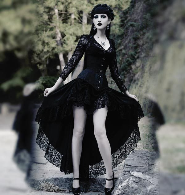 Gothic Christmas Party Fashion: Gothic Corsets