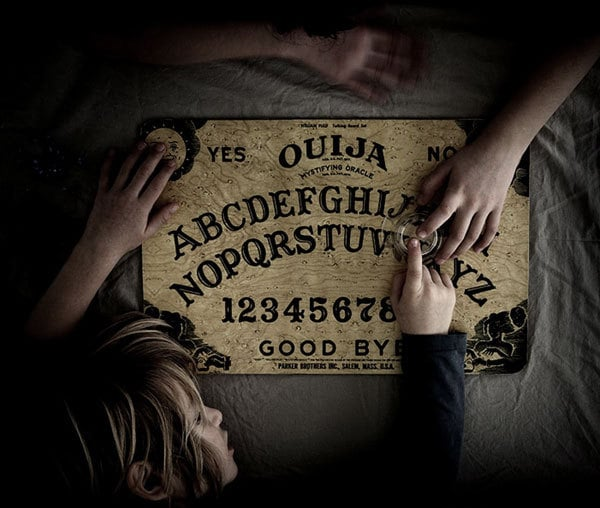 10 Ways To Have A Gothic Valentine's Day: Play with a Ouija Board