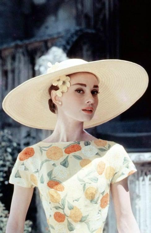 Vintage Summer Fashion: Wide Brimmed Hats