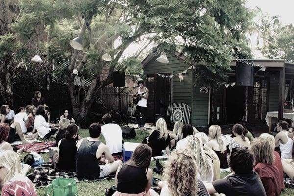 acoustic garden gig