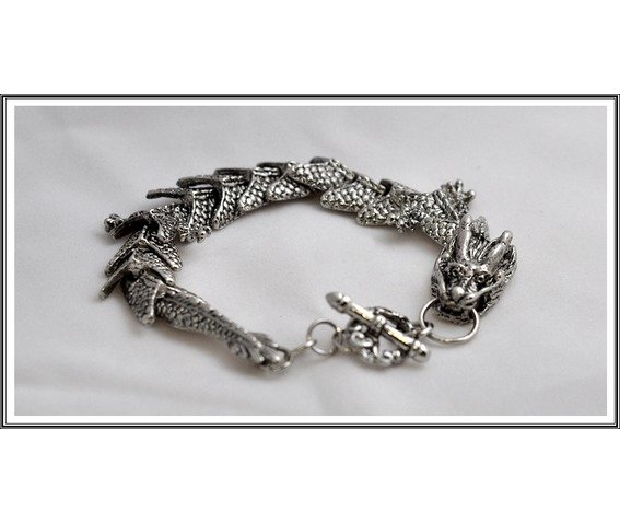 antique_silver_color_mythical_mens_dragon_bracelet_bracelets_and_wristbands_2.JPG