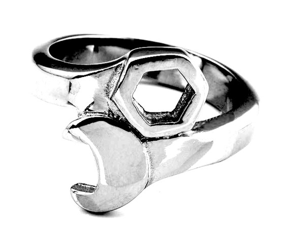 awesome_spanner_stainless_steel_biker_ring_11_rings_2.JPG