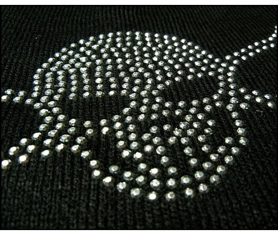 black_skull_beanie_cap_hat_hats_caps_2.JPG