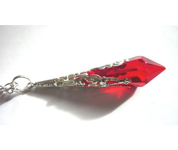 bellona_pendulum_necklace_necklaces_4.JPG