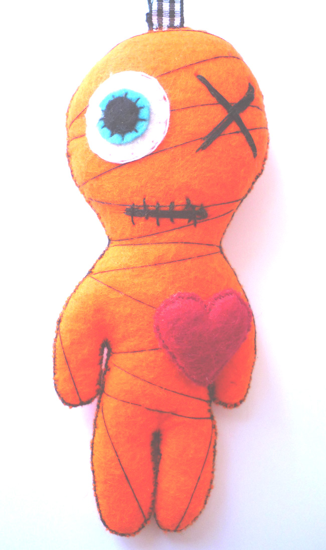 little_yellow_mummy_felt_toy_keychain_doll_toys_6.JPG