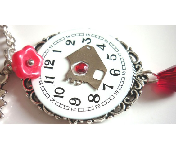 the_hours_steampunk_necklace_recycled_upcycled_watch_necklaces_6.JPG