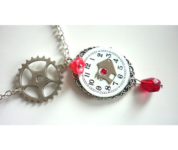 the_hours_steampunk_necklace_recycled_upcycled_watch_necklaces_4.JPG