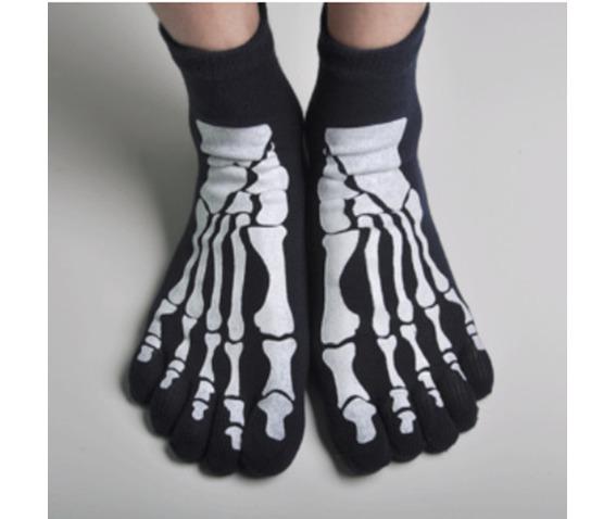 pair_skeleton_printed_stretchy_toe_socks_socks_2.jpg