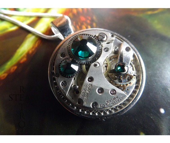 swarovski_crystal_steampunk_necklace_emerald_steamretro_necklaces_5.jpg
