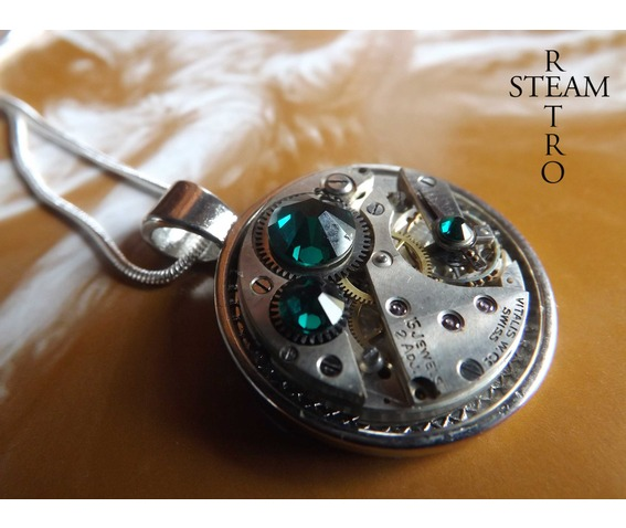 swarovski_crystal_steampunk_necklace_emerald_steamretro_necklaces_3.jpg