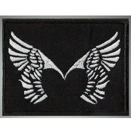 Wings Love Embroidered Patch, 2,4 X 3,2 Inch