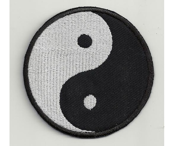ying_yang_embroidered_patch_3_2_x_3_2_inch_original_art_2.jpg
