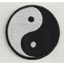 Ying Yang Embroidered Patch, 3,2 X 3,2 Inch