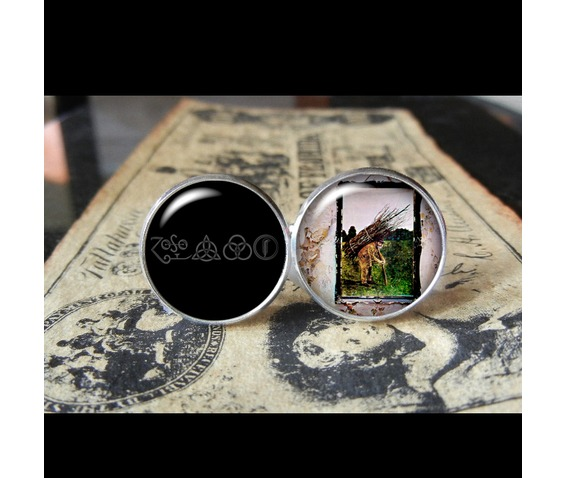 led_zeppelin_4_album_cover_cuff_links_men_weddings_cufflinks_6.jpg