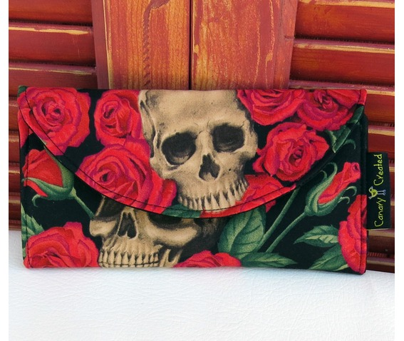 skulls_bed_roses_wallet_purses_and_handbags_3.jpg