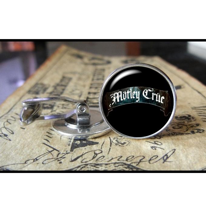 motley_crue_logo_cuff_links_men_weddings_gifts_groom_cufflinks_5.jpg