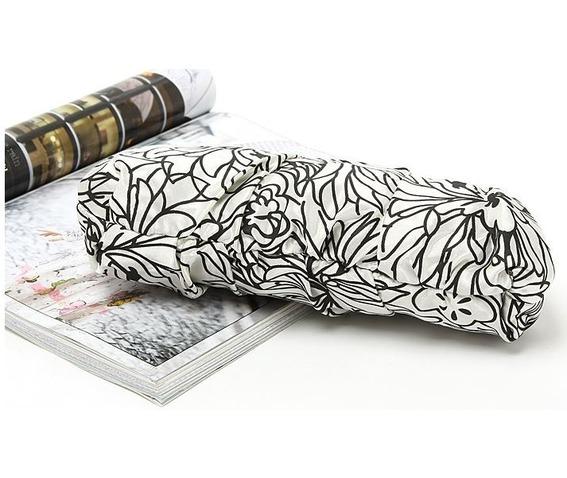 printed_floral_black_white_evening_handbag_purses_and_handbags_3.JPG
