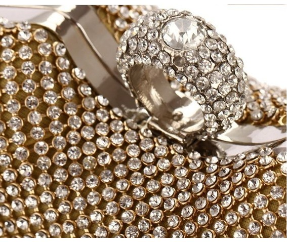 heart_shape_crystal_studded_evening_handbag_purses_and_handbags_2.JPG