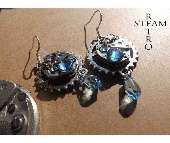 vintage_watch_movement_aquamarine_swarovski_steampunk_earrings_steampunk_jewelery_earrings_3.jpg