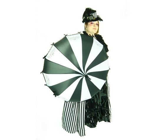 black_and_white_umbrella_umbrellas_4.jpg