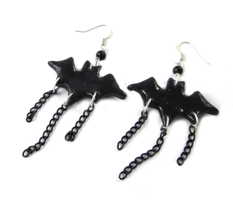 gothic_earrings_vampire_bat_earrings_gothic_jewelry_earrings_2.jpg