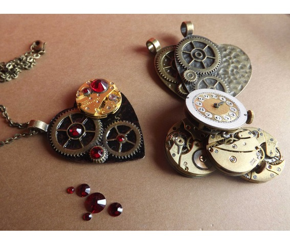 the_gothic_black_clockheart_steampunk_siam_necklace_steampunk_heart_gothic_heart_steampunk_jewelry_steamretro_necklaces_3.jpg