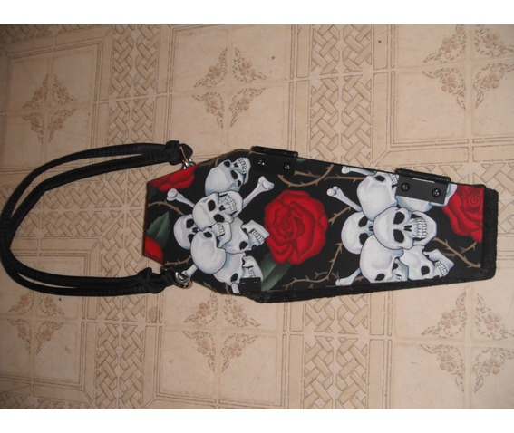 skull_roses_coffin_purse_purses_and_handbags_4.jpg