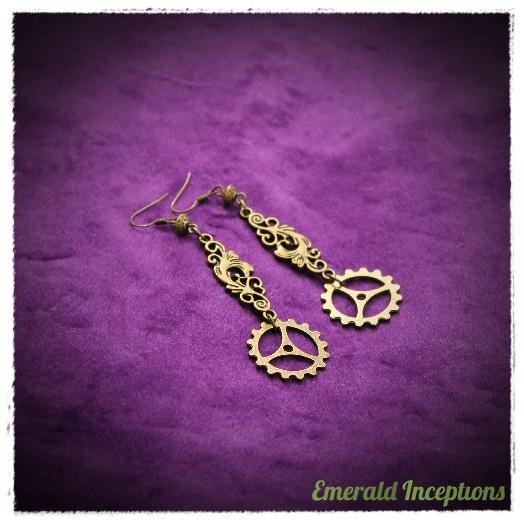 antique_bronze_gear_earrings_gearrings_earrings_4.JPG