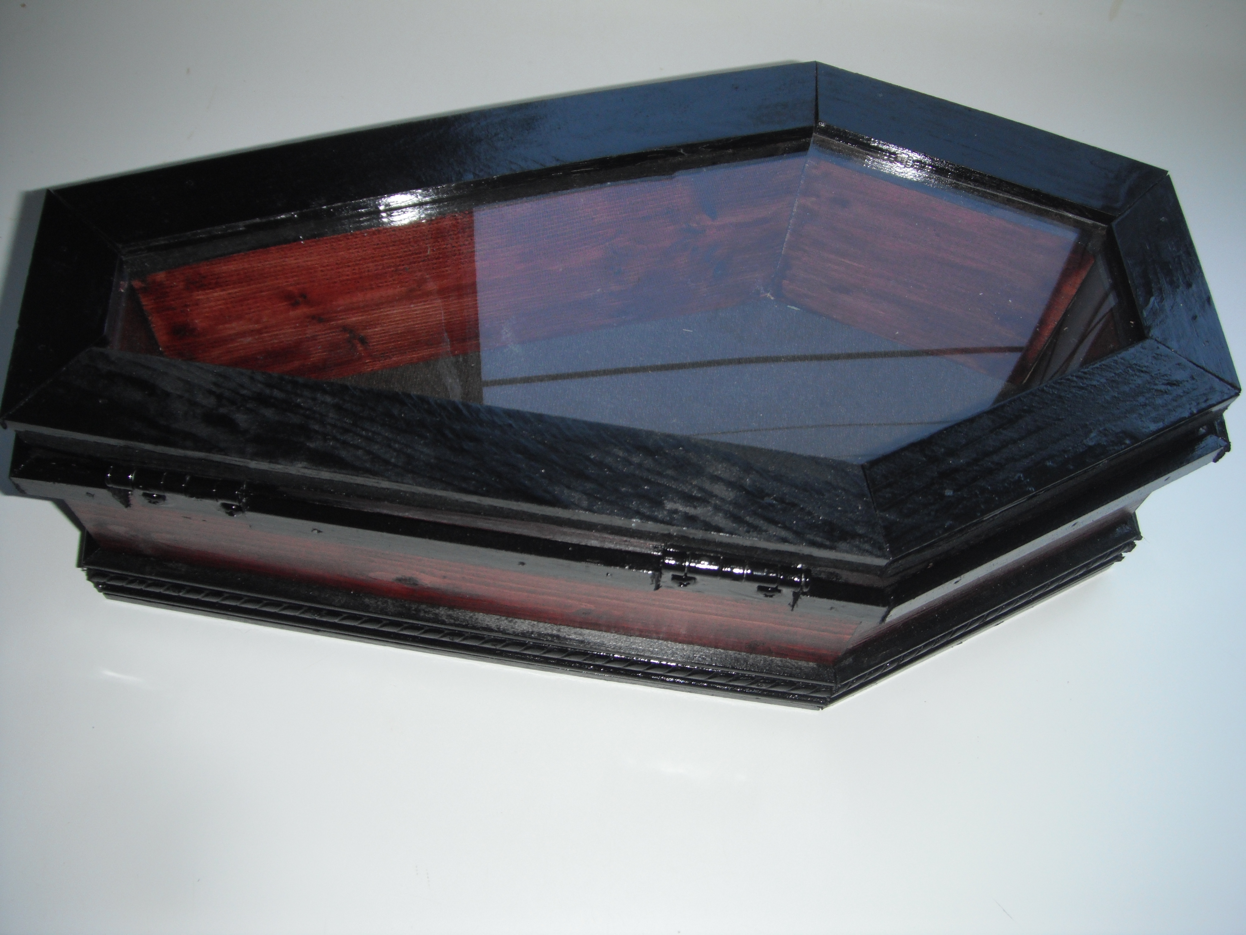 keepsake_display_coffin_case_furniture_5.JPG