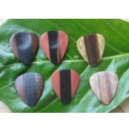 Guitar Pick 6 Pack Coconut, Rosewood Wood Picks