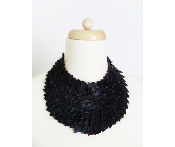 leather_necklase_necklaces_6.JPG