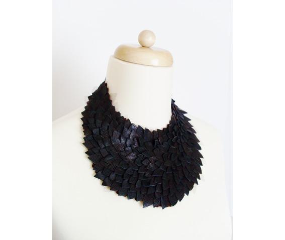 leather_necklase_necklaces_5.JPG